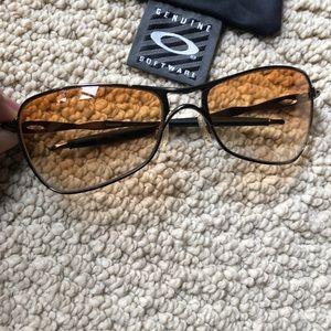 Oakey Crosshair Sunglasses